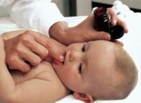 Чем вызвана молочница во рту у грудного ребенка и как лечить?