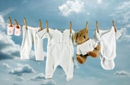Какие можно использовать средства для стирки детских вещей в стиральной машине