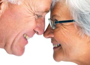 Протезирование зубов для пенсионеров