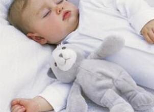Учим грудничка засыпать самостоятельно