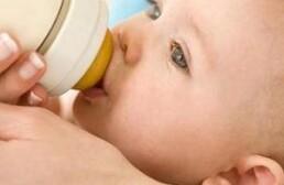 Сколько раз и времени должен есть ребенок в 2 месяца
