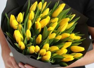 Как выбрать лучшую службу доставки цветов?