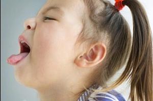 Ребенок кашляет и рвет
