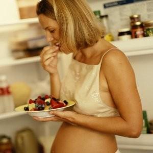 Питание в первые месяцы беременности