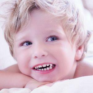 Ребенок скрипит зубами во сне