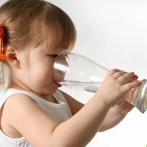 Ребенок очень много пьет воды