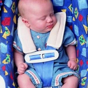 Можно ли ребенка перевозить на переднем сиденье в детском кресле