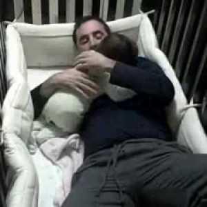 Как правильно укладывать спать грудничка