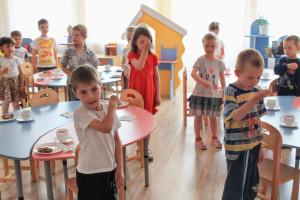 Дети врачей будут поступать в детский сад без очереди