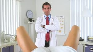 Эрозия шейки матки при беременности - опасность, лечить?