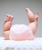 делать клизму малышу