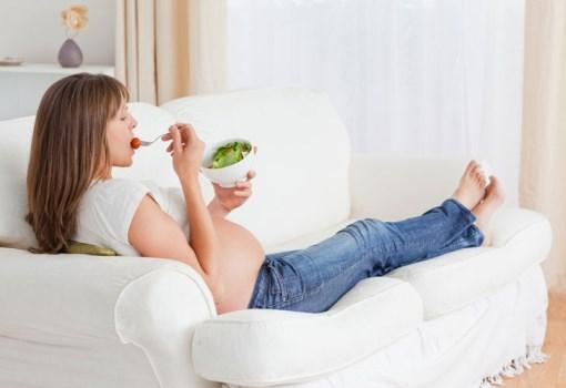 почему у беременных болят икры