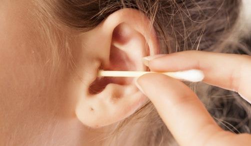 чистка ушей